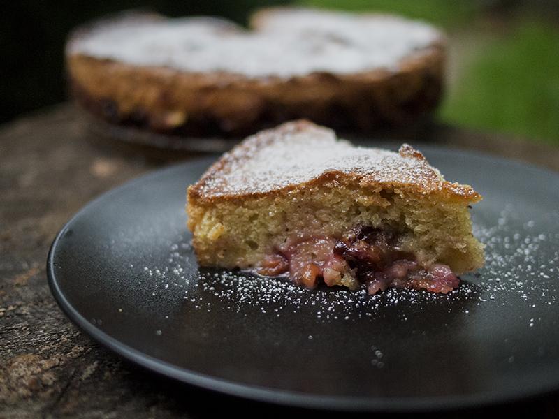 najłatwiejsze ciasto w świecie placek ze śliwkami nerdycookin