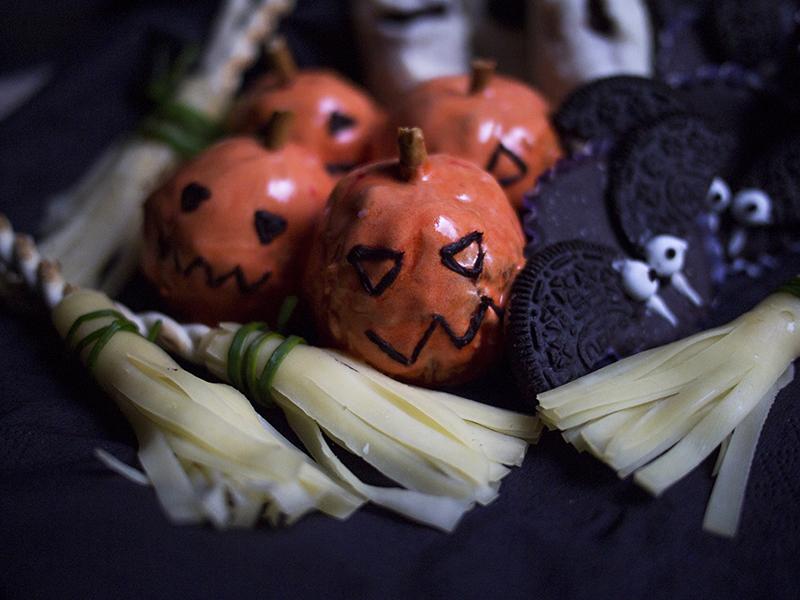 przekąski na halloween bez pieczenia_mandarynkowe_dynie