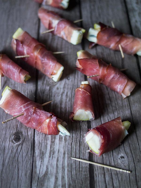 3 składniki raz dwa trzy gruszki z serem pleśniowym i szynką serrano nerdycookin